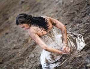 Muddy wedding dress